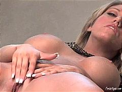 Porno: Striptizerka, Bjondinat, Të Rrume, Masturbime