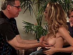 Porno: Afaitades, Gola Profunda, Grup De Tres, Mamada