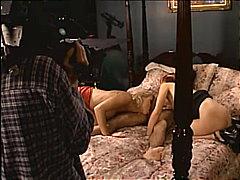 Porno: Porno Žvaigždė, Žaisliukai, Masturbacija, Dideli Papai