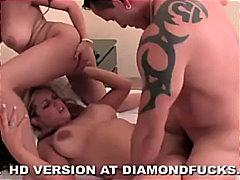Порно: Женско Женско Машко, Свршување, Порно Ѕвезда, Шмукање