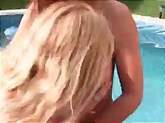 جنس: أوروبى, حمام السباحة, طيز, خارج المنزل