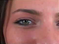 Porno: Ma Shiko Nga Afër, Bythëmadhet, Shpuarje, Thithje