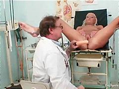 جنس: طبيب النساء, مراهقات, فتشية, كساس واسعة