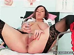ポルノ: 大開口, 膣鏡, 褐色美人, 看護師