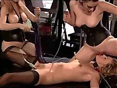 Porno: Qadın Kişini, Lateks, Corablı, Bdsm