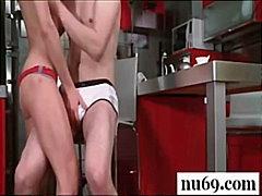 Porno: Estremalne, Fellatio, Amatorzy, Brunetki