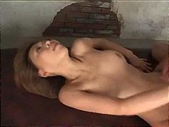 პორნო: სპერმის ამონთხვევა, აზიელი