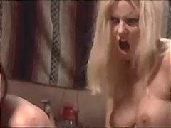 جنس: سحاقيات, شرجى, قبلات, لعبة