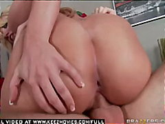 Busty blonde pornstar heather summers craves cock after fun in water park