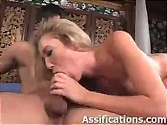 Porr: Nätstrumpor, Anal, Hårdporr, Blond
