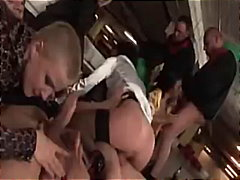 Porno: Blondid, Sügavale Kurku, Pihkupeksmine, Vahetus