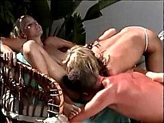 Porno: Lauke, Dideli Papai, Maži Papukai, Lesbietės