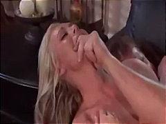 Porno: It Kimi, Ağır Sikişmə, Sarışın, Yeniyetmə