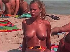 Bold: Sa Labas, Beach, Suso, Pampubliko