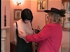 Pornići: Čipkaste Gaćice, Šopanje Po Guzi, Zadirkivanje Kurca, Spremačica