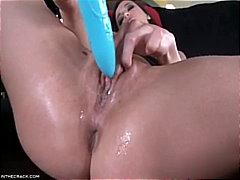 Lucah: Bintang Porno, Mainan, Konek Palsu, Basah