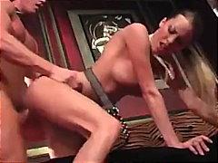 Porno: Thell Në Fyt, Pornoyje, Stili Qenit, Thithje