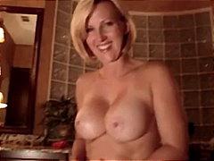 Pornići: Dildo, Mama, Igračka, Pušenje