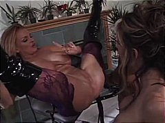 Porr: Stora Bröst