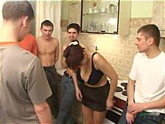 Porno: Banda, I Vjetri Dhe E Reja, Me Përvojë