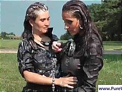 פורנו: רטובות, בחורה, בחוץ, לסביות