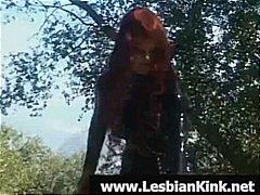 جنس: سحاقيات, فتشية, الزبار الصناعية, ملابس جلدية لامعة