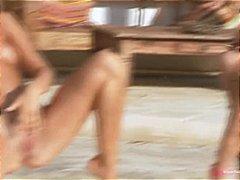 Porn: स्विमिंग पूल
