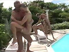 Porn: लैटिन देश की, वीर्य निकालना, खुले में