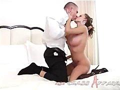 Porn: पिछवाड़ा, बड़े स्तन