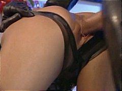 Lucah: Pemujaan, Kasar, Seks Pelik, Rambut Blonde