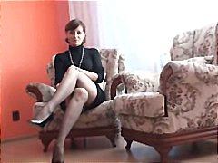 פורנו: מתחת לחצאית, גרבונים, אוננות