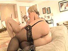 Porno: Çalanşik, Yaşlı, Böyük Döşlər, Draçitləmək