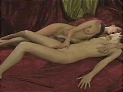 Porno: Hõõrumine, Brünetid, Tagumik, Pitspesu