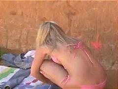 Porno: Offentlig, Blond, Strand, Onani