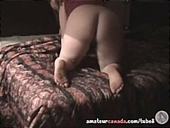 جنس: شقراوات, نهود صغيرة, بعبصة