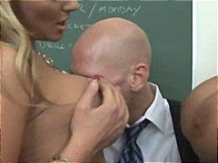 Porno: Sievietes/vīrietis, Sekss Trijatā, Milzīgi Pupi, Pornozvaigznes