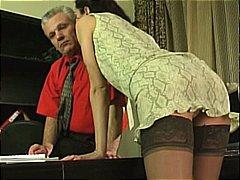 Phim sex: Trẻ Và Già, Đồ Lót