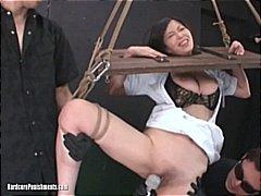 جنس: إذلال, مجموعات, يابانيات, تقييد وسادية