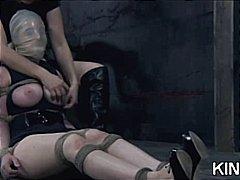 جنس: فتشية, تقييد, تقييد وسادية, سيطرة