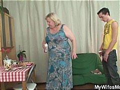 Porn: धोखा, मां, अधेड़ औरत
