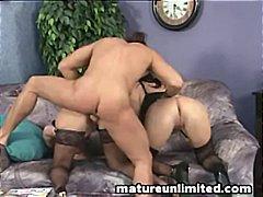 Porn: Սեքս Երեքով, Հասուն, Անկողին, Տնային Տնտեսուհի