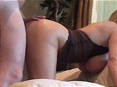 Porno: Derdhja E Spermës, Cicëmadhet, Milf, Përmbledhje