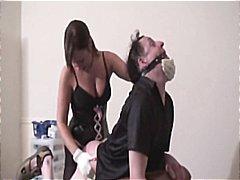 Porno: Strapon, Qadın Kişini