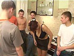 Porno: Gruppesex, Moden, Gammel Og Ung