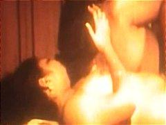 Porno: Hind, Böyük Döşlər