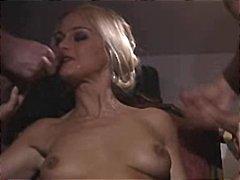 Pornići: Pušenje, Oralno, Velike Sise, Anal