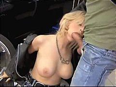 Porno: Me Qizme, Bjondinat, Masturbime, Qiftet