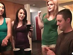 جنس: نيك ثلاثى, بنات جميلات, مراهقات, حفلة