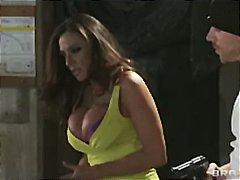 Porno: Mātes, Lieli Dibeni, Milzīgi Pupi, Pornozvaigznes