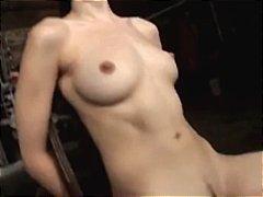 پورن: ریز ممه, ستاره فیلم سکسی, سبزه, لاغر